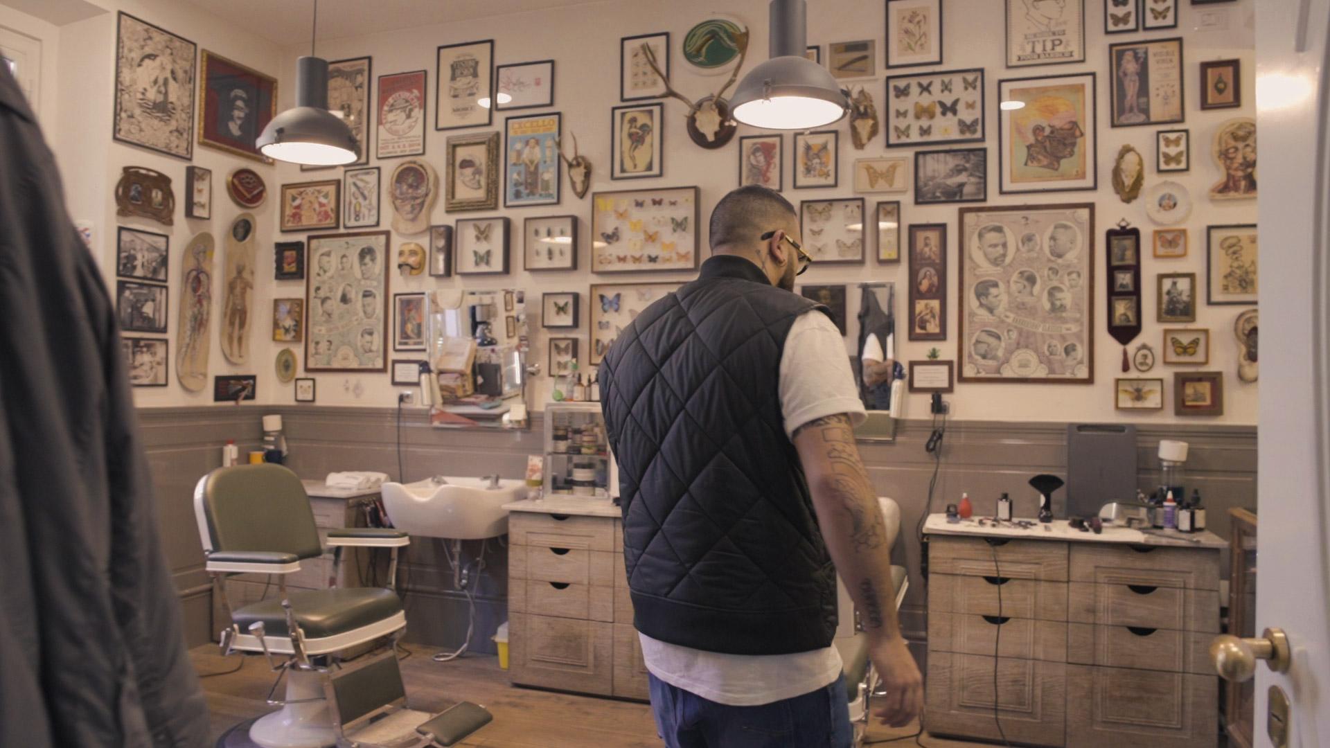Barber's Chairs - Bullfrog Barbershop - Nicola Crocco 01